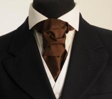 Tying a cravat